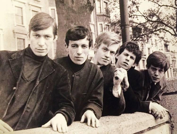 Un dia como hoy Brian Jones se conocía con Jagger y Richards
